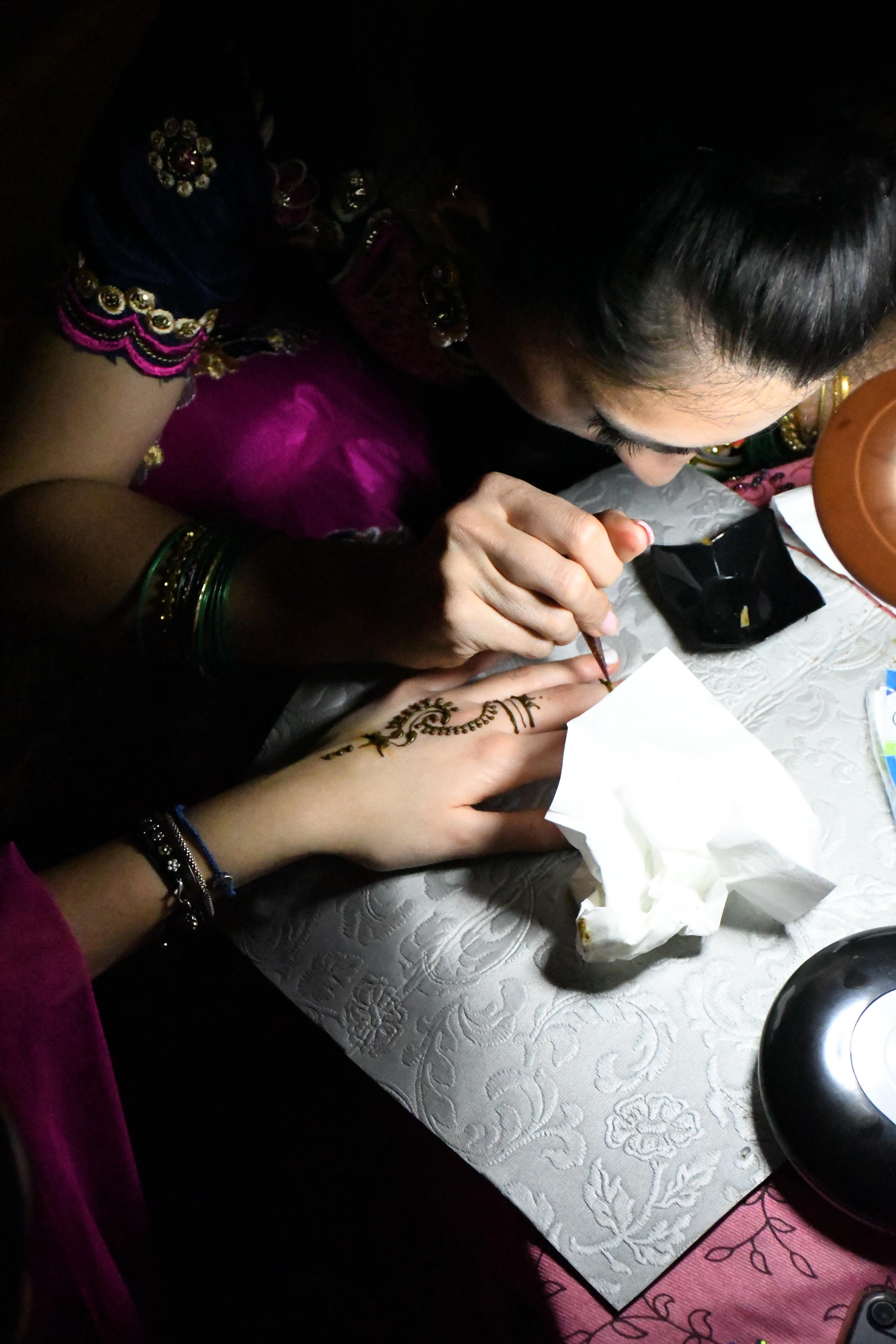 Festa bollywoodiana per combattere la fibrosi cistica